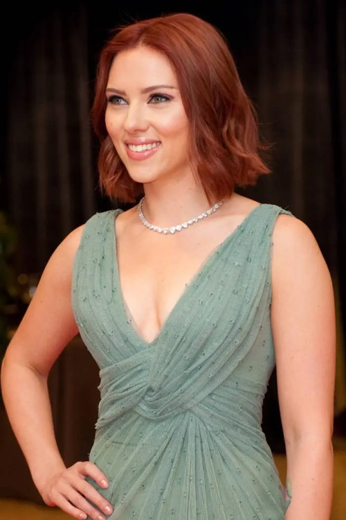 Scarlet Johansson red bob hairstyle