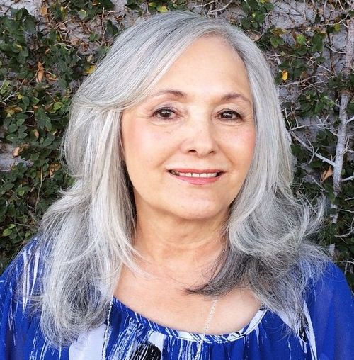 medium layered hairstyle for women over 50