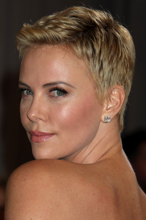 ultra short pixie haircut