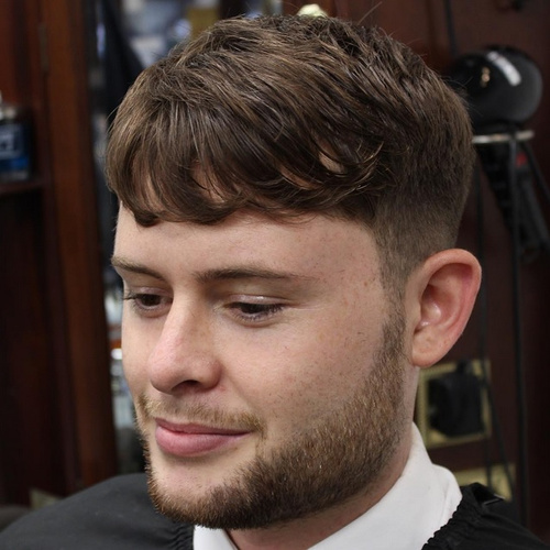 men's short hairstyle for wavy hair
