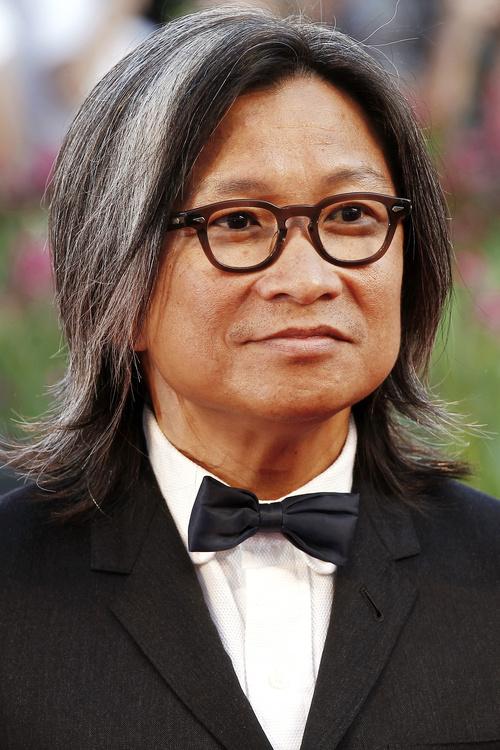 medium length hairstyle for Asian men