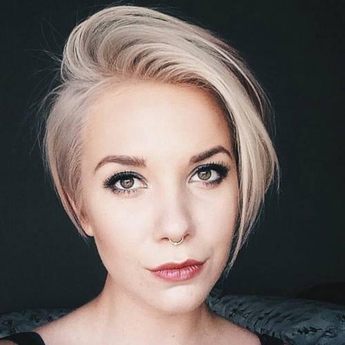 short blonde asymmetrical haircut