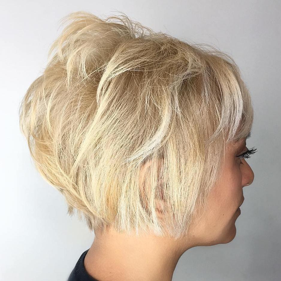 Short Layered Blonde Hairstyle