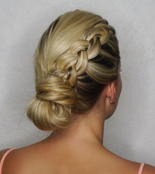 Quick Sporty Updo