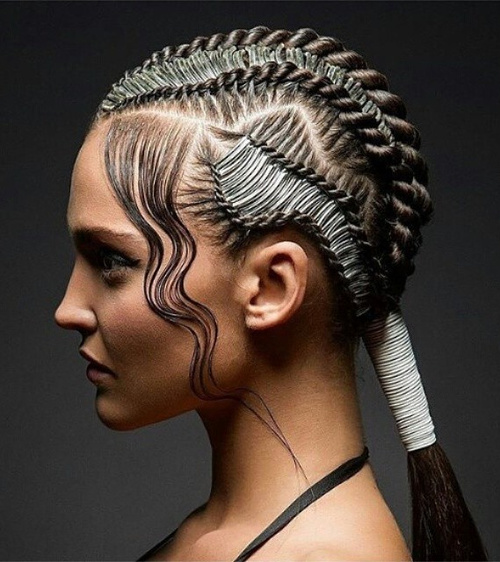 wet look hairstyle with micro braids