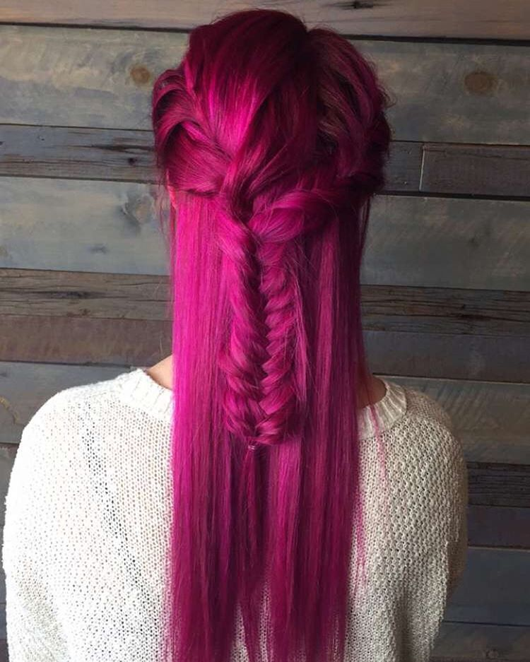20 Unboring Styles with Magenta Hair Color picture