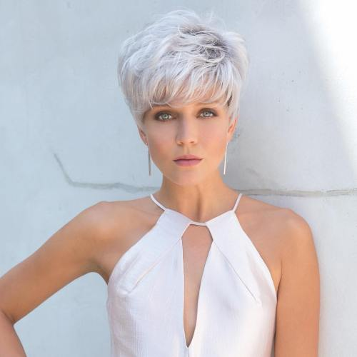 Short Platinum Blonde Wig