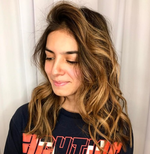 wavy hair with side part