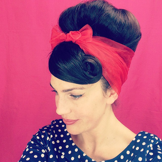 Pinup Updo With A Scarf