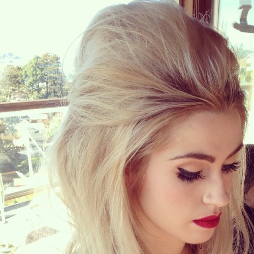 Bouffant Hairstyle For Medium Hair
