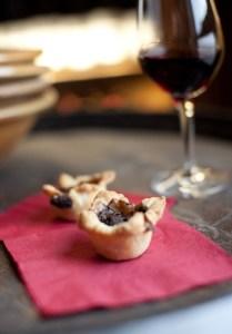 Wine & Food pairing, red wine and dessert tart