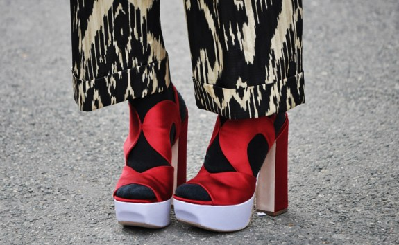 shupei2 Trend Spotting: TIGHTS AND TOES   The Sche Report / Margaret Sche