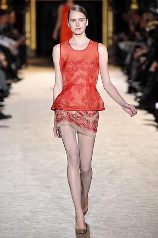 stella HOW TO WEAR RED FOR FALL 2010   The Sche Report / Margaret Sche