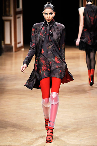 talbot runhof HOW TO WEAR RED FOR FALL 2010   The Sche Report / Margaret Sche