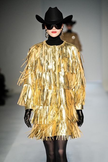 06 1285187237 MILAN FASHION:  D&G open SPIGA2 as a way to showcase emerging Designers   The Sche Report / Margaret Sche