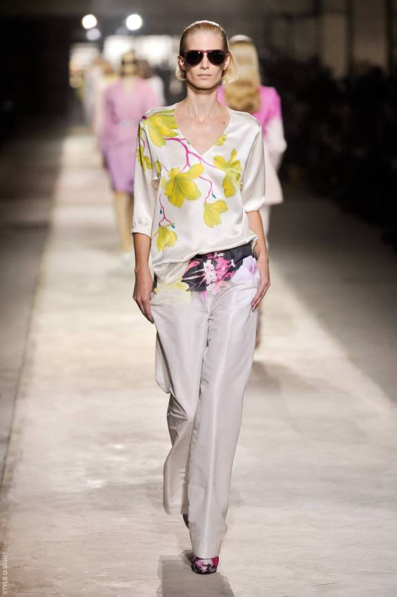 dvn ps11 035 TOP 5 PICKS SPRING/SUMMER 2011:  PARIS   The Sche Report / Margaret Sche