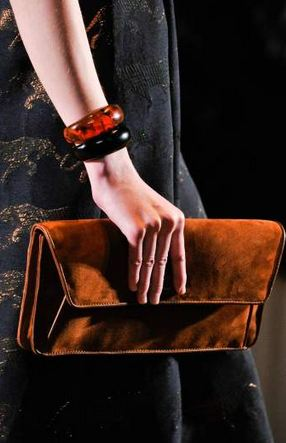 marc by marc jacobs FALL 2011 TREND ALERT: THE ENVELOPE CLUTCH   The Sche Report / Margaret Sche