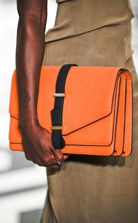 victoria beckham FALL 2011 TREND ALERT: THE ENVELOPE CLUTCH   The Sche Report / Margaret Sche