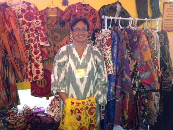 img 4237 SANTA FE FOLK ART FESTIVAL PART 4: THE COLORS OF SANTA FE   The Sche Report / Margaret Sche