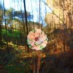 Flores con tela reciclada
