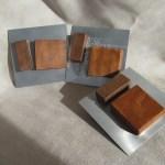 Esculturas de madera y aluminio
