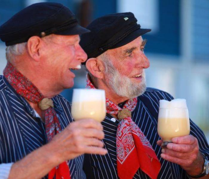 3 Reasons to Visit Germany in 2015 & Beyond! Festivals, Christmas Markets, Great Food, History and Culture are many of the reasons you should travel to Germany this year!