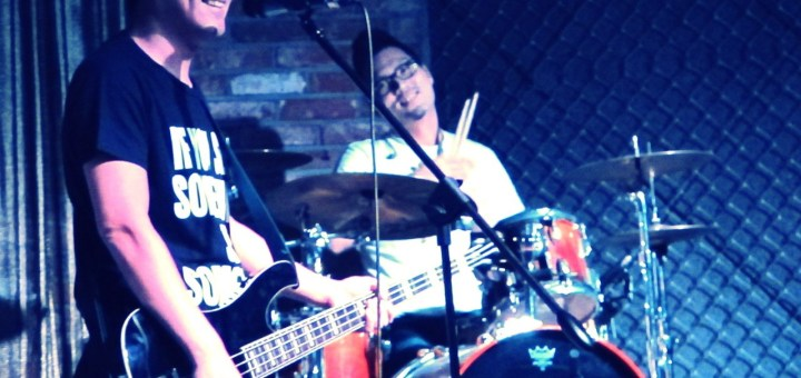 Seoul, Korea: Every Single Day at Evan's Lounge. Korean indie band live in concert.