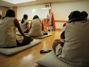 Buddhist Class at Gilsangsa Temple