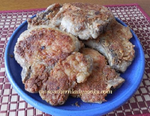 Pork-Chops-and-Gravy