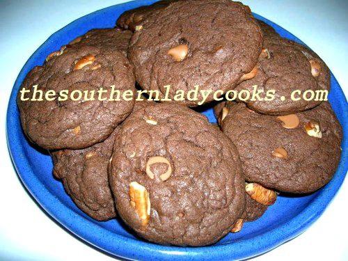 triple-chocolate-fudge-pecan-cookies-copy