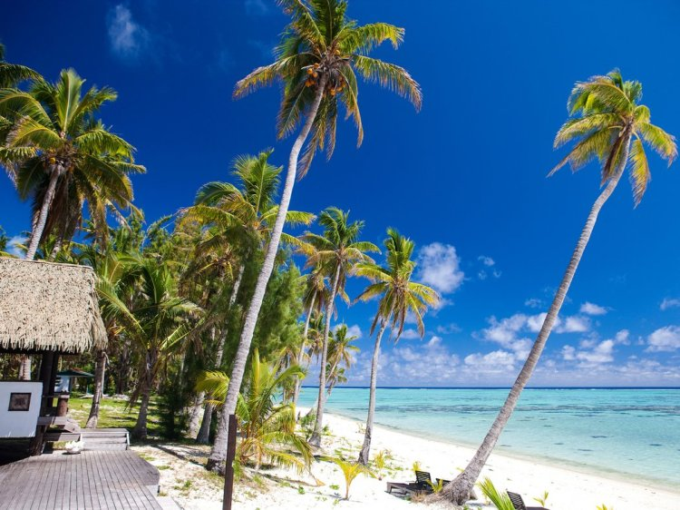 Cook Islands Overall Rating: 81.326 Ever dreamed of escaping to a remote island? The Cook Islands, between New Zealand and Hawaii, are a true paradise, with coral lagoons, limestone caves, and pearl fields. Pro tip: Surf-minded travelers should head to the northern side of Rarotonga to find the more intense waves.