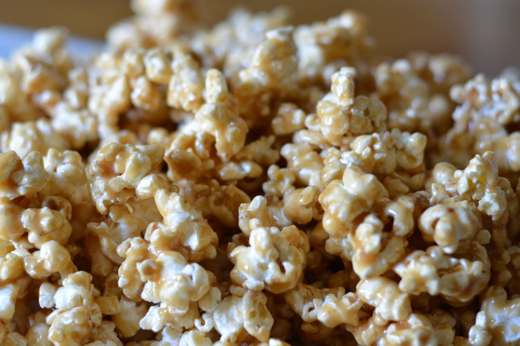Gooey, chewy homemade caramel popcorn - Perfectly sweet & dangerously addictive