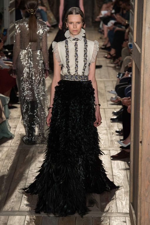 Valentino Fall/Winter 2016: Feathers