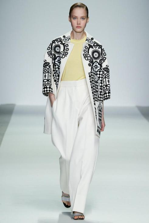 Holly Fulton SS2015 (c) Style.com