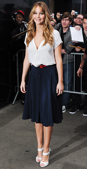 The inspiration for today's look. Jennifer Lawrence is wearing a Joie top and a skirt by the now-defunct Holmes & Yang line.