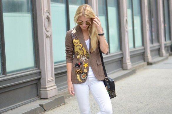 DIY patched blazer, white jeans // thestylesafari.com