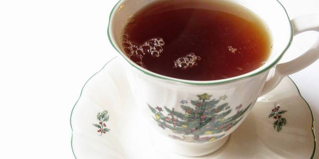 Tea Gift Guide: What To Get The Tea Lovers On Your List This Christmas