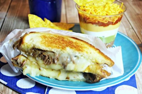 fajita-quesadilla-sandwich-1_zps05933a95