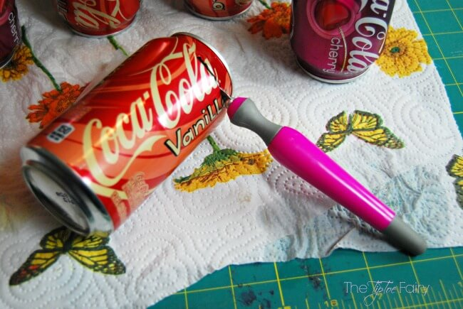 Upcycle your soda cans into a Flower Wreath! Super easy and fun! | The TipToe Fairy #FinalFourPack