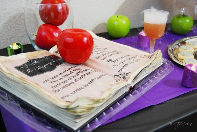 Make a DIY Spell Book for your Descendants movie-watching tablescape #Disney #VillainDescendants #ad | The TipToe Fairy
