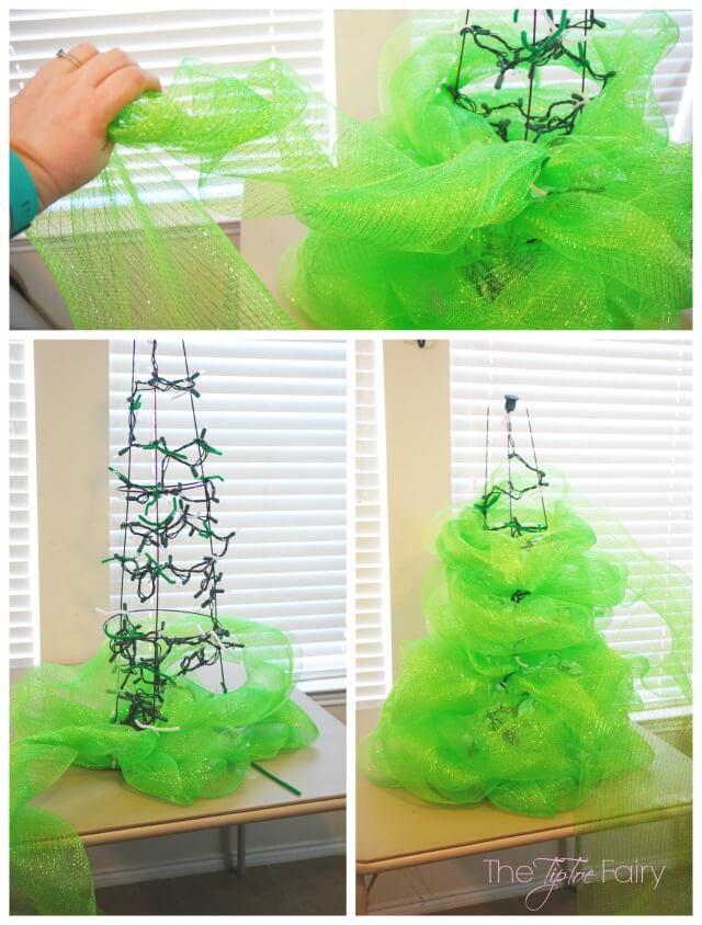 Display your #Christmas cards with a #DIY Christmas Card Tree! AD #SendHallmark @TheTipToeFairy