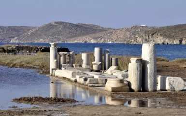 Ruins and Reflections, Delos