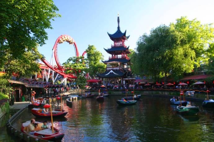 Tivoli Gardens Copenhagen - Hans Christian Andersen fairtytale wikicommons