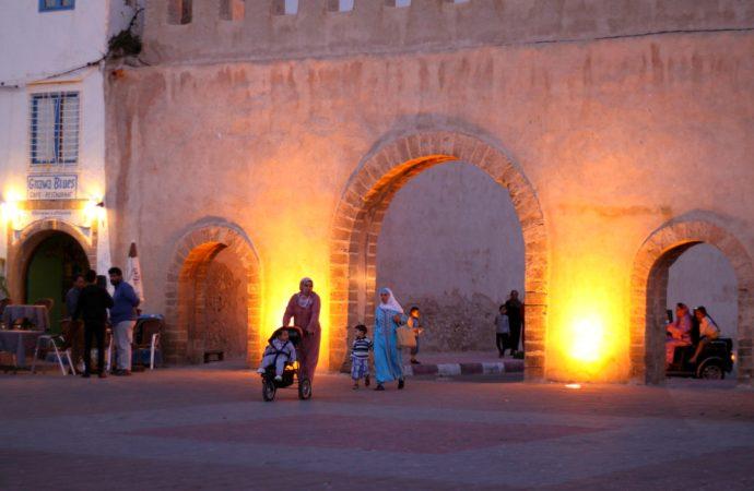 Essaouria at night - a guide
