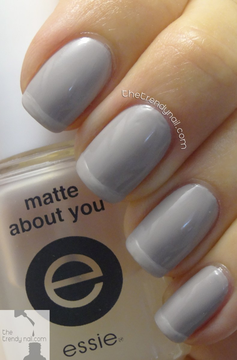 ESSIE FALL FRENCH MANICURE WITH MATTE TIPS