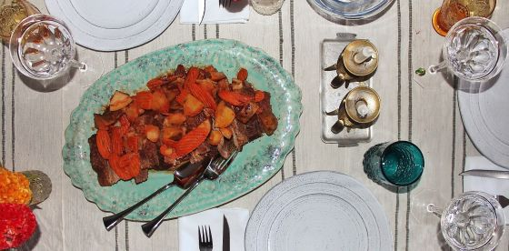 bubby's roast beef on dining table