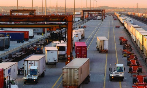 Stronger economy boosts cross-border US trade with Canada, Mexico | JOC.com