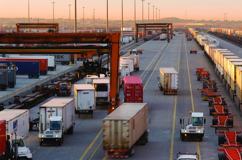 August Surface Trade with Canada and Mexico Rose 2.6% – TruckingInfo.com