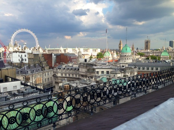 Vista Bar, Trafalgar Hotel, rooftoop bars, view