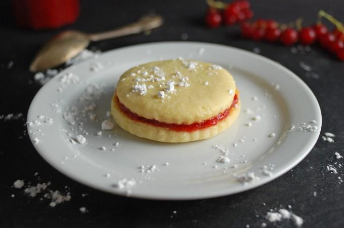 Strawberry Cookie Sandwich 5